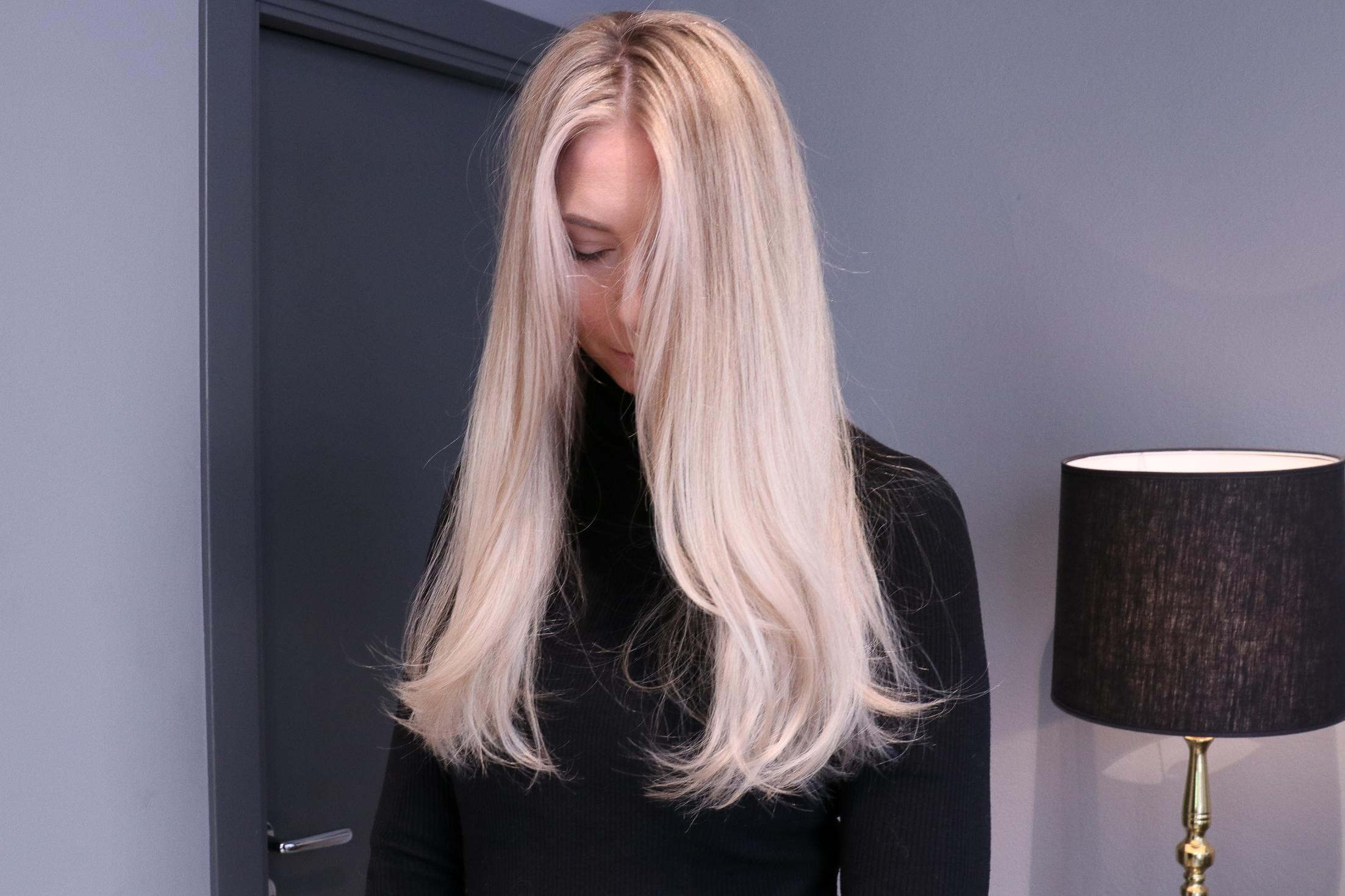 blont hår slingor