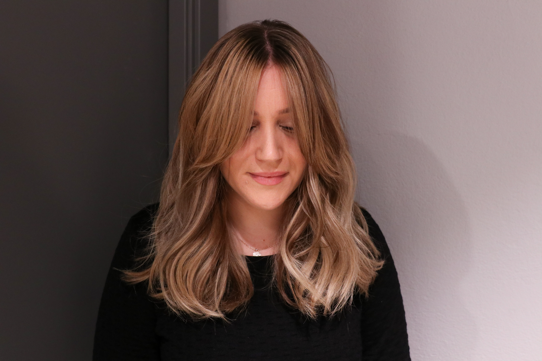frisyrer långt hår med lugg